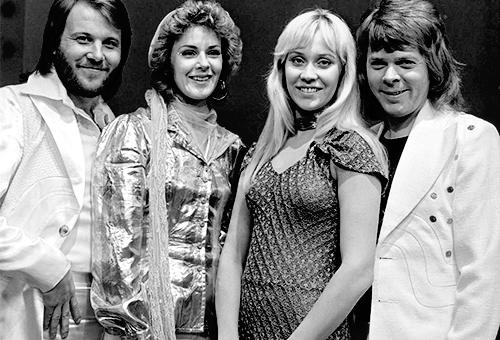 """Książka o zespole """" ABBA """""""